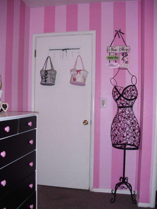 Paris themed kids room pink paris a pink paris themed - Paris themed bedroom for teenagers ...