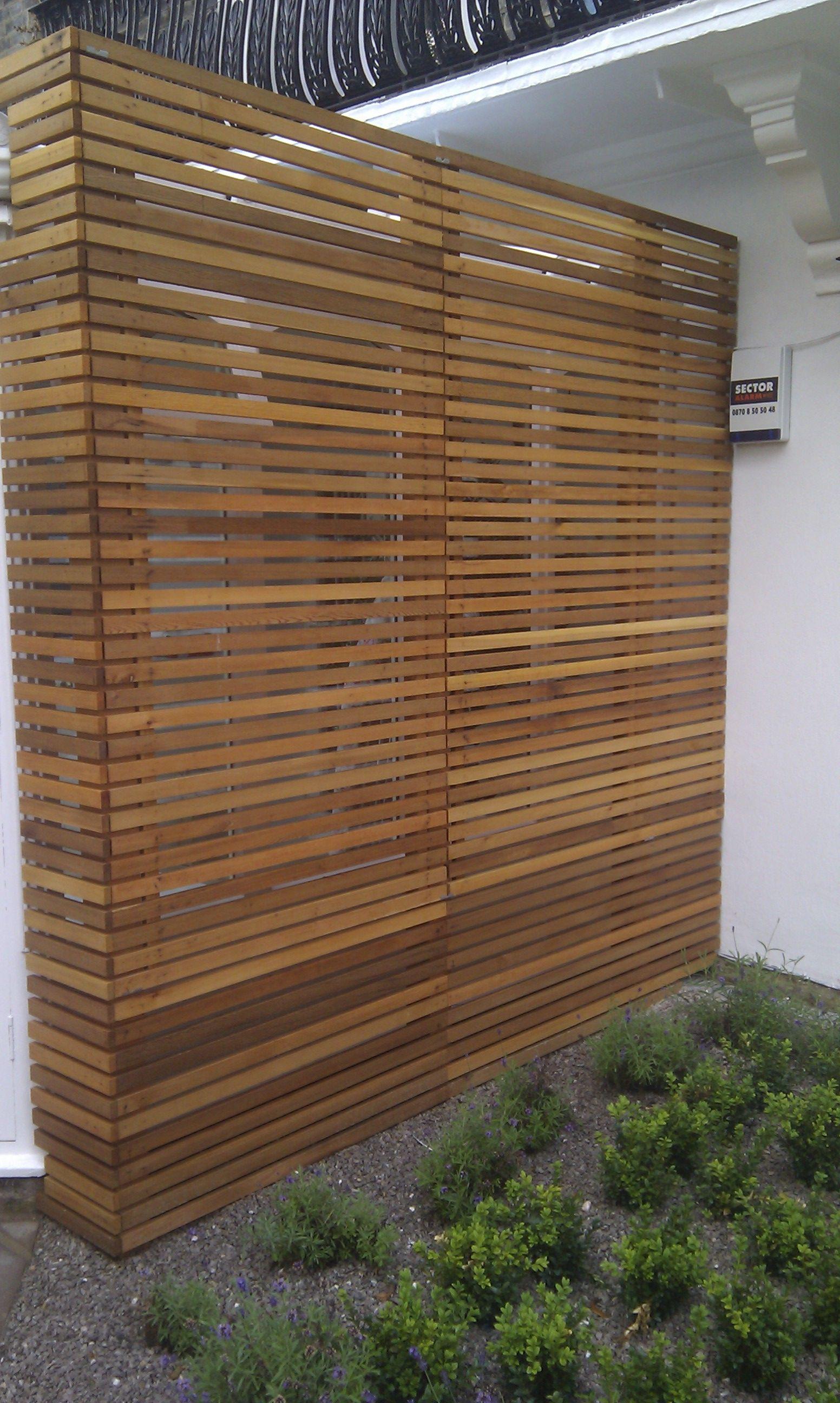modern garden design london slatted grey privacy