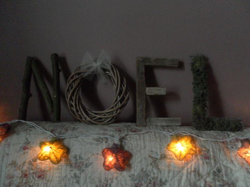 lettres noel en bois naturel lcv objets d co les. Black Bedroom Furniture Sets. Home Design Ideas