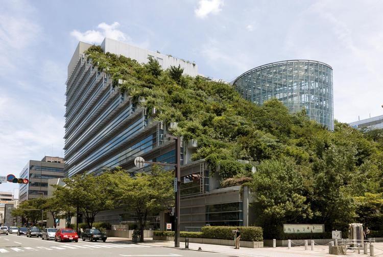 Die h ngenden g rten von z rich urban green futuristische architektur gr ne architektur und - Grune architektur ...
