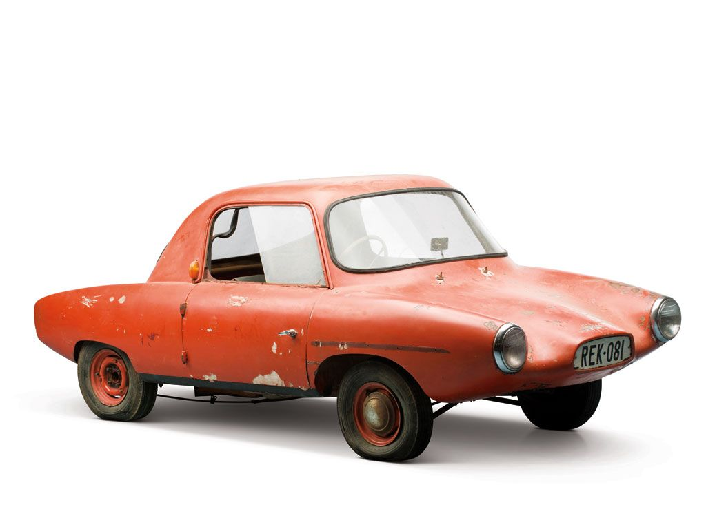 This is not a cartoon. It is a real car, manufactured in bulk, for public consumption. Planet: unknown.