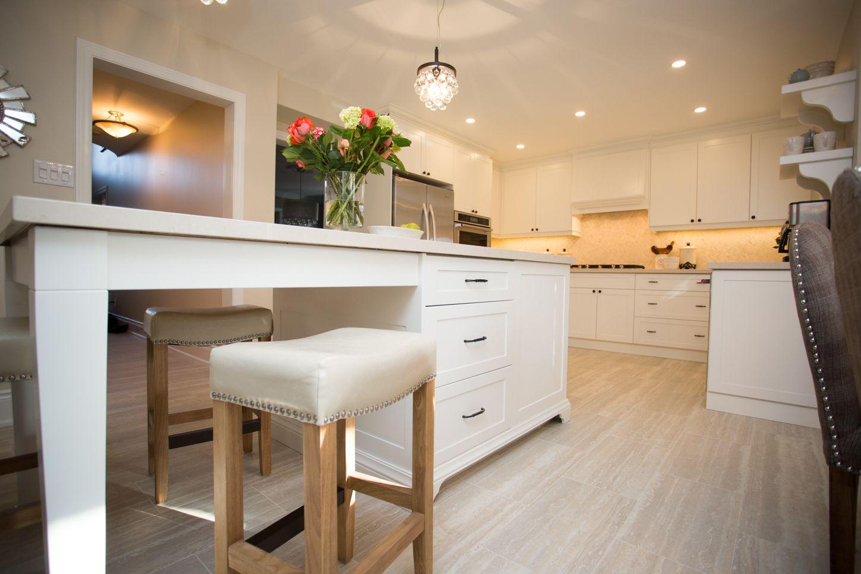 Domilya Group On Hgtvs Leave It To Bryan Renovation Experts Home Renovation Bathroom Renovations K New Kitchen Interior Kitchen Interior Kitchen Renovation