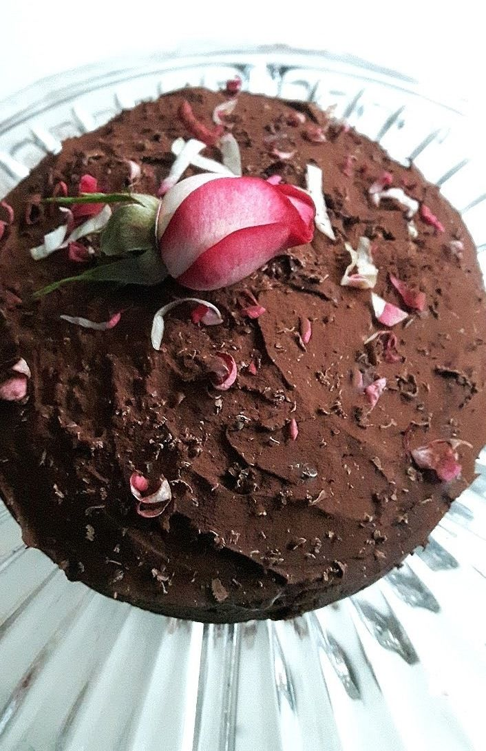 """Last spring, I tested out a batch of Burdock & Rose Brownies at Gather's """"Botanical Sweet Treat"""" bar. And they were the first to go. Their dark fudgey icing drew peoples eyes like a…"""
