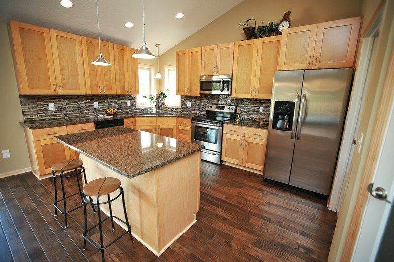 Maple Cabinets Shaker Kitchen Cabinets Maple Kitchen Cabinets Cherry Cabinets Kitchen