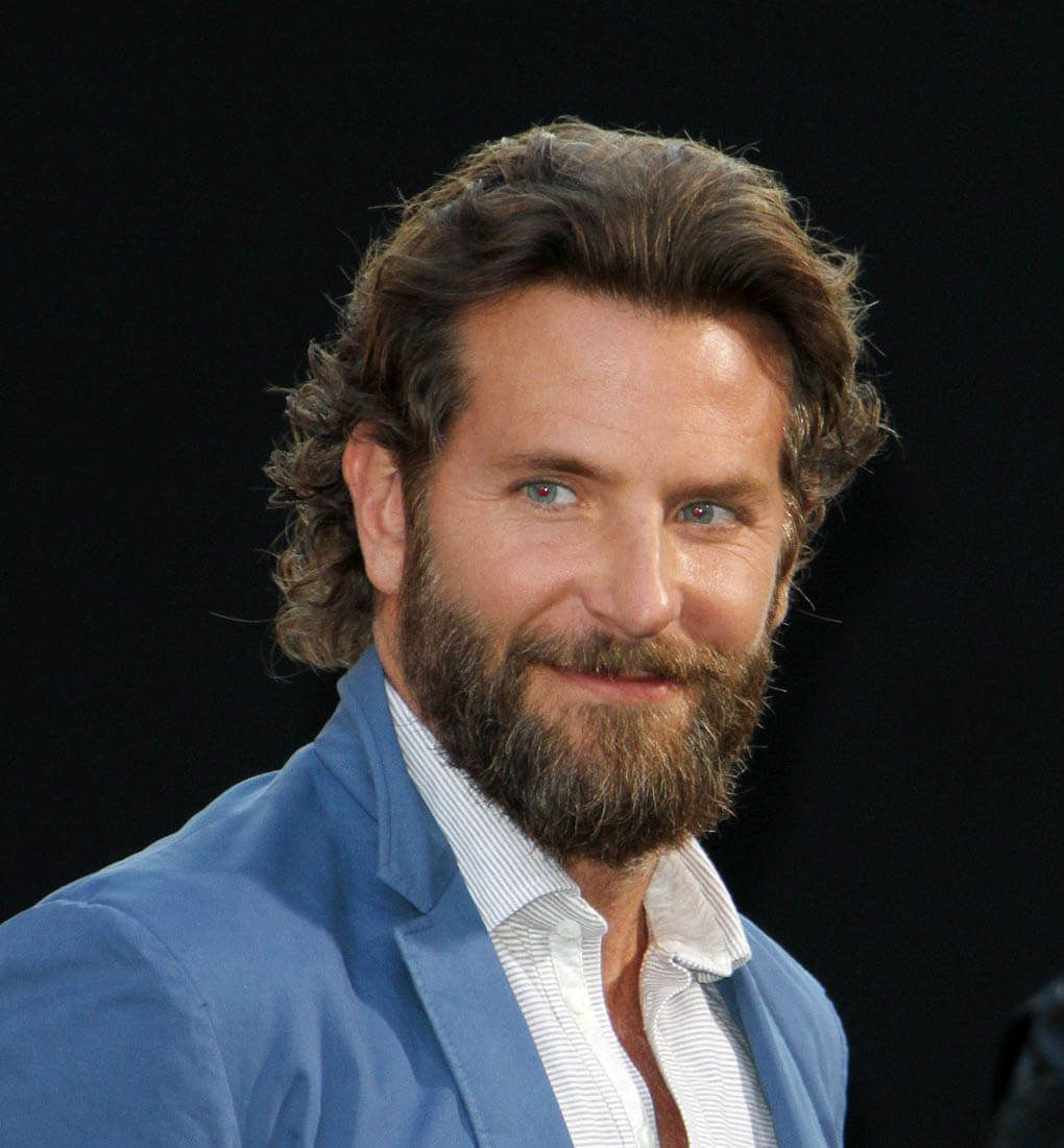 Lady Gaga And Bradley Cooper Officially Working On A Star Is Born Remake With Warner Bros Lainey Gossip Enter Bradley Cooper Hair Bradley Cooper A Star Is Born