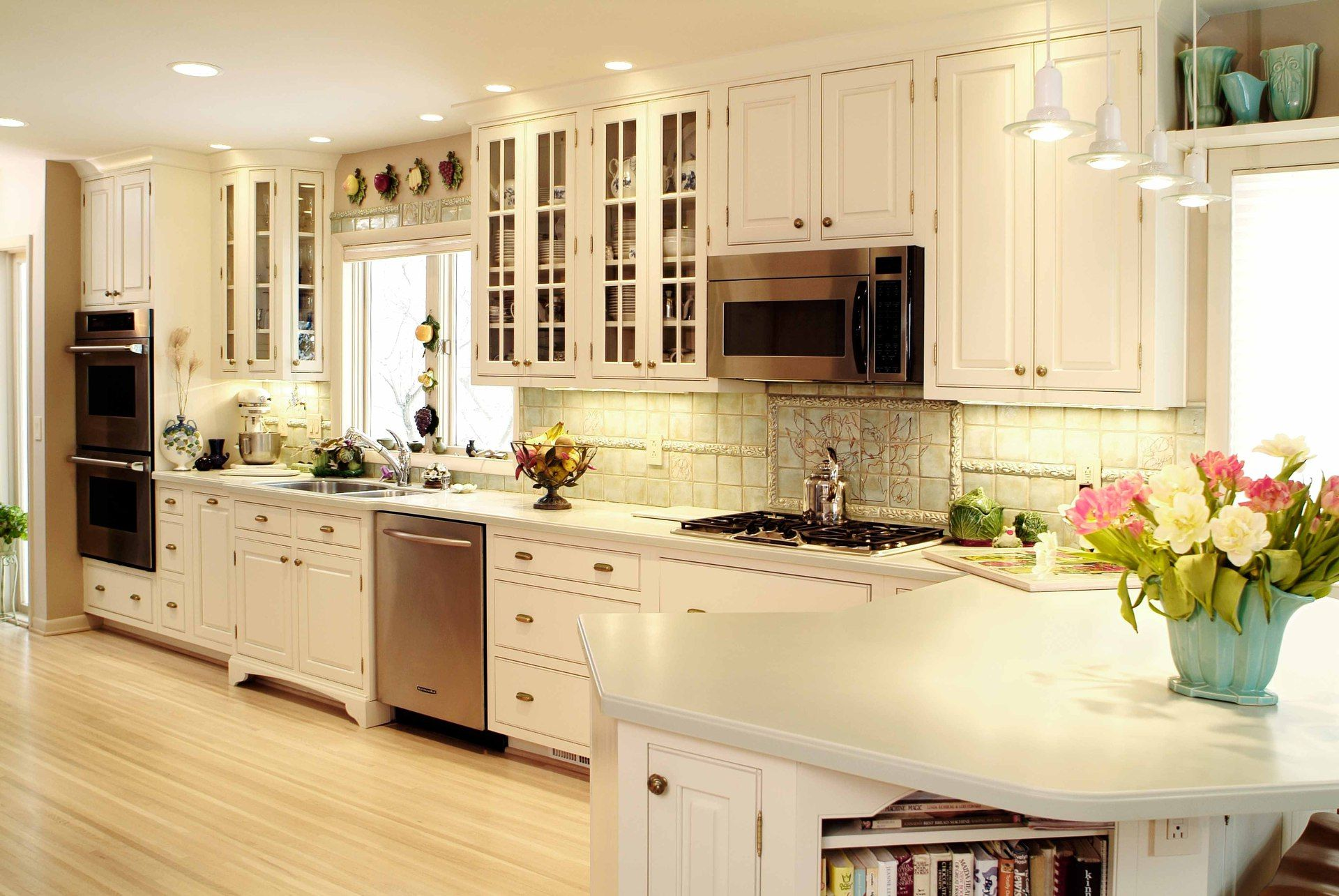 I love how light this kitchen is. I've never thought about ...