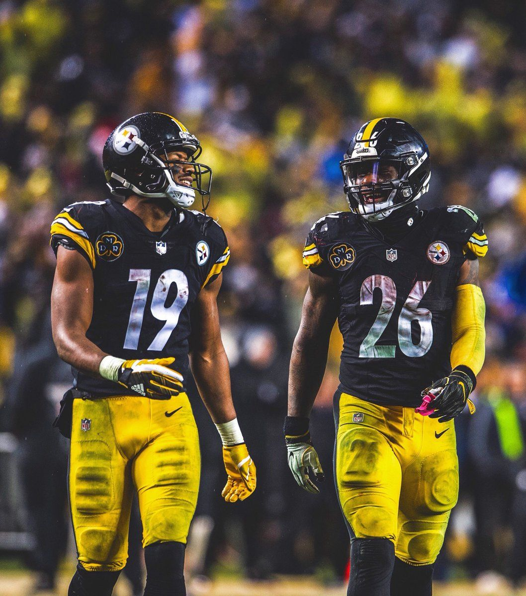 c9653aea913 Le'Veon Bell and JuJu Smith-Schuster | Here we go | Pittsburgh ...