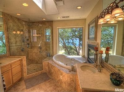 7724 Lakeshore Dr, Granite Bay, CA 95746 Check out this master bath!