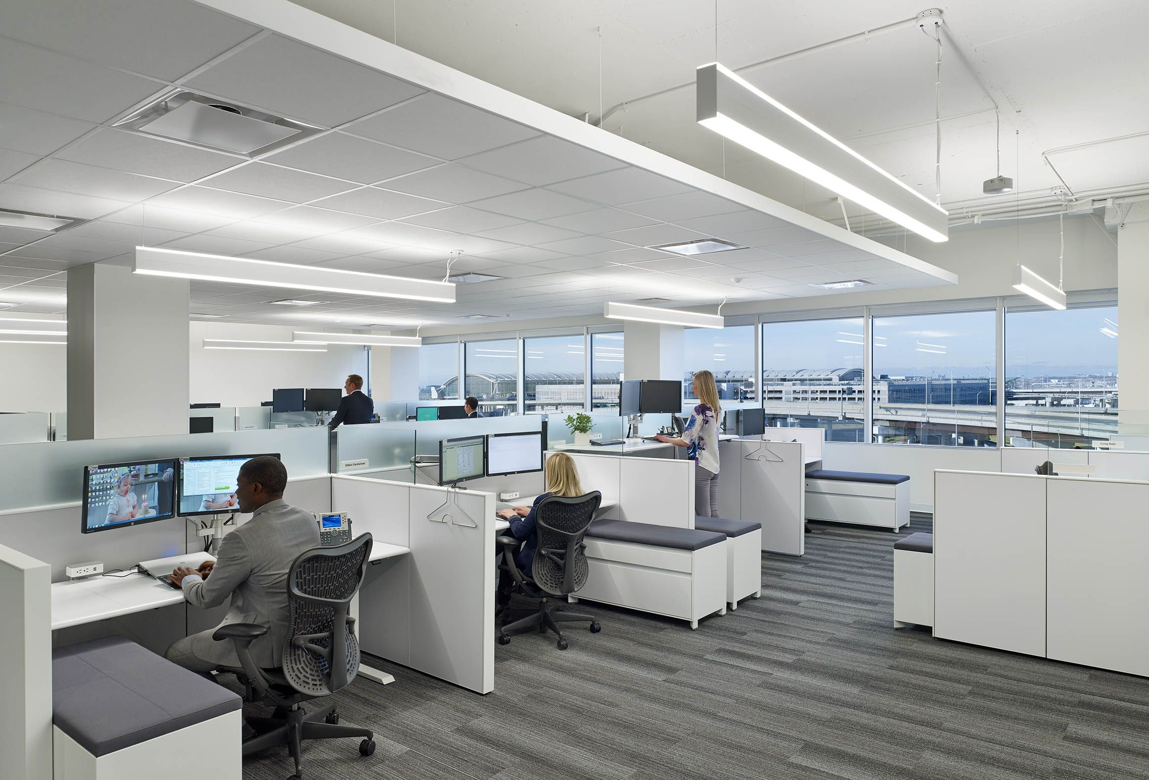 Workplace Of The Future This Office Design Uses A New Approach To Working Corporate Office Design Office Interior Design Office Design