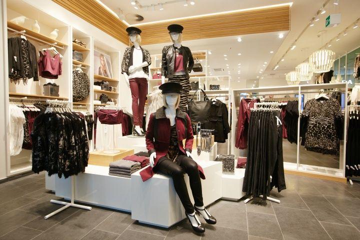 Vero Moda Flagship Store At Alexa Mall By Riis Retail Berlin Design Blog