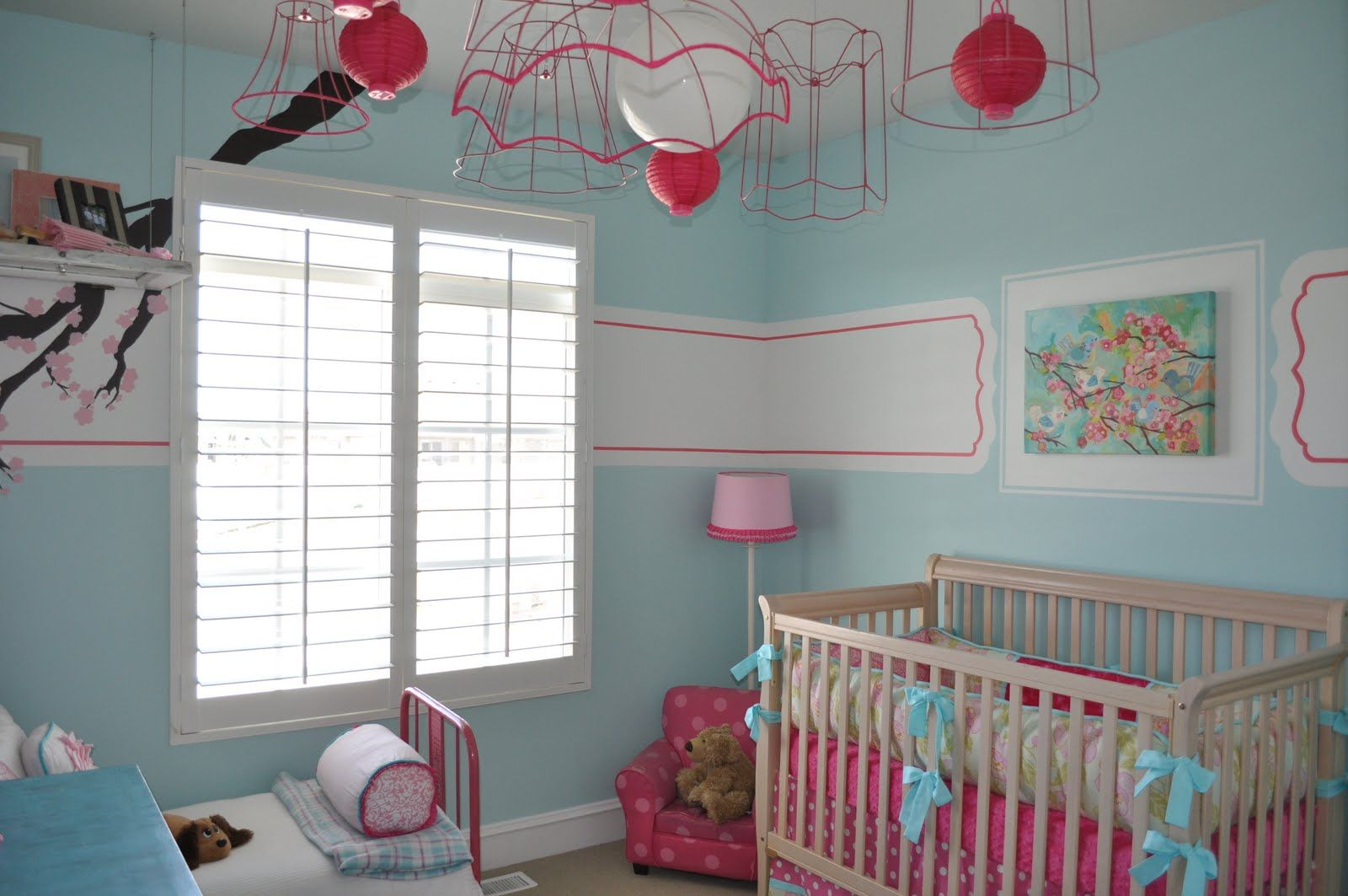 baby girl nursery ideas i like the white sectionscan - Baby Girls Bedroom Ideas