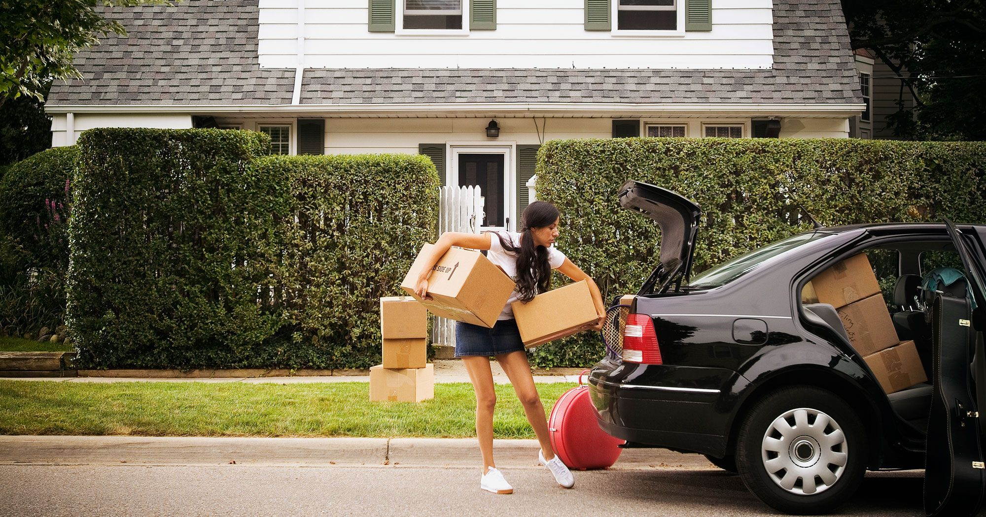8 Things Everyone Experiences When Moving In Moving