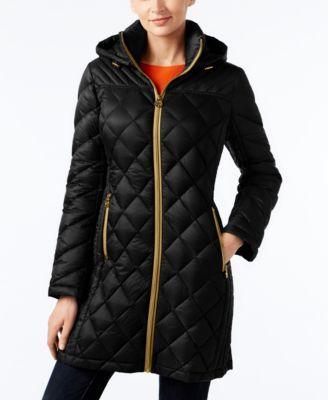 c792b5fd018b MICHAEL KORS Michael Michael Kors Hooded Packable Down Diamond Quilted  Puffer Coat.  michaelkors  cloth   coats