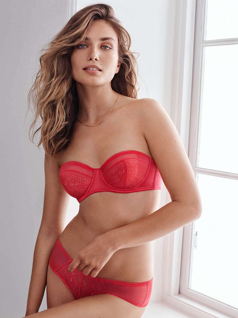 489b9372cc Season of Love  H M Unveils Valentine s Day Lingerie