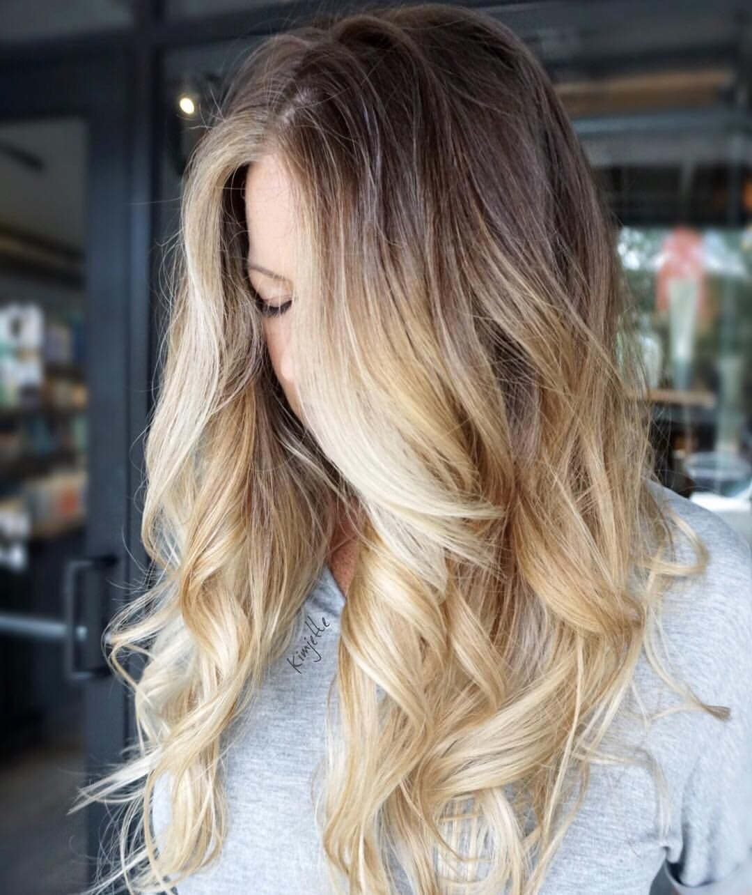 Blonde balayage #hairbykimjette @kimjettehair (at Winter Park, Florida)
