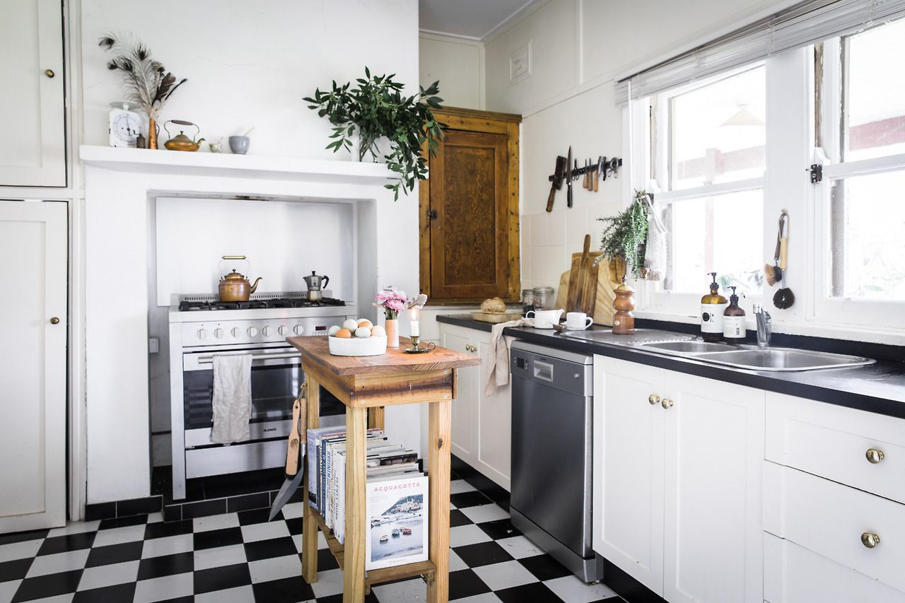 Kitchen in an Australian cottage | K I T C H E N S | Pinterest ...