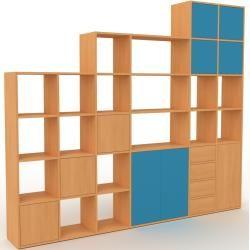 Photo of Wohnwand Buche – Individuelle Designer-Regalwand: Schubladen in Buche & Türen in Blau – Hochwertige
