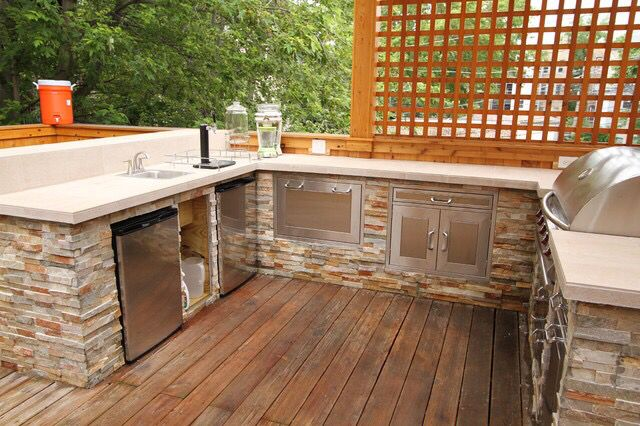 privacy screen kitchen outdoor kitchen backyard outdoor decor on outdoor kitchen on deck id=43476