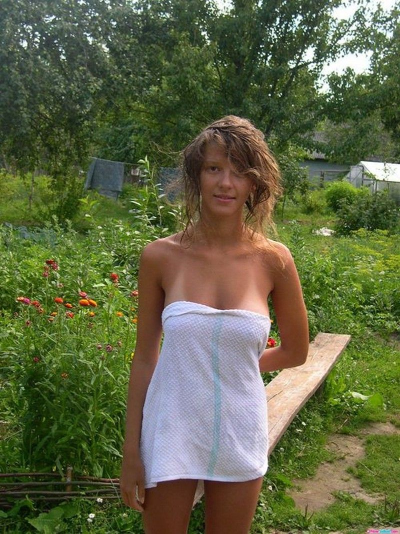 For More Hot Amateur Girls Caught Naked Pictures Please Check Out Enf Tube