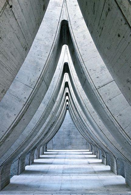 Schweiz, Zürich - Sihlcity Mall. So schön kann das Dach von einem Parkhaus sein.