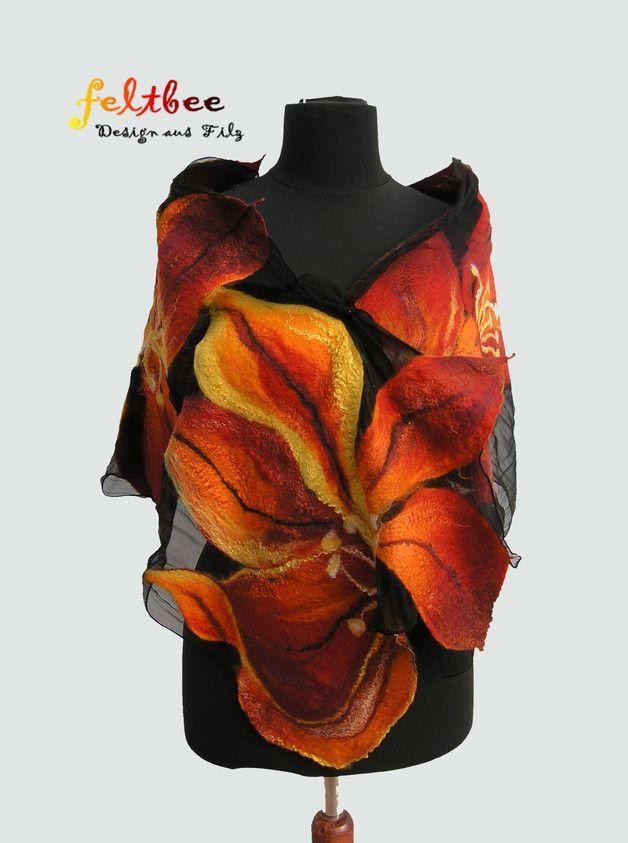Ein wunderbarer Schal aus feiner Merinowolle unf ...