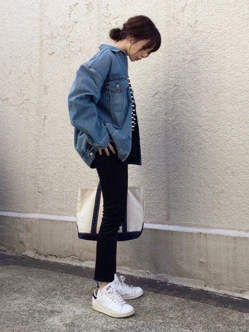 IENAのデニムジャケット「ルーズデニム ブルゾン◆」を使ったari☆のコーディネートです。WEARはモデル・俳優・ショップスタッフなどの着こなしをチェックできるファッションコーディネートサイトです。