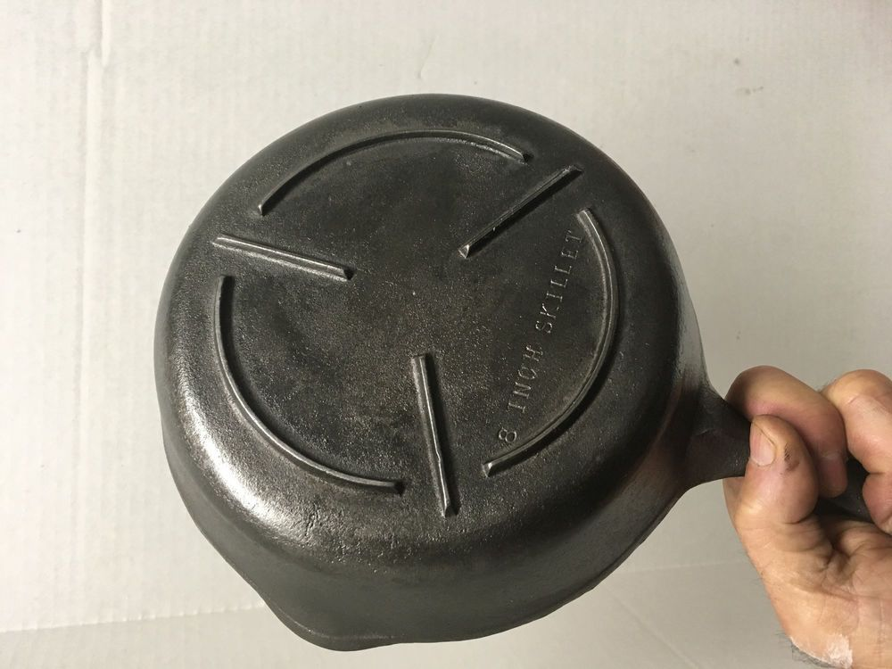 Rare Wagner 5 Cast Iron 8 Electric Stove Skillet Supported Grid Footed Bottom