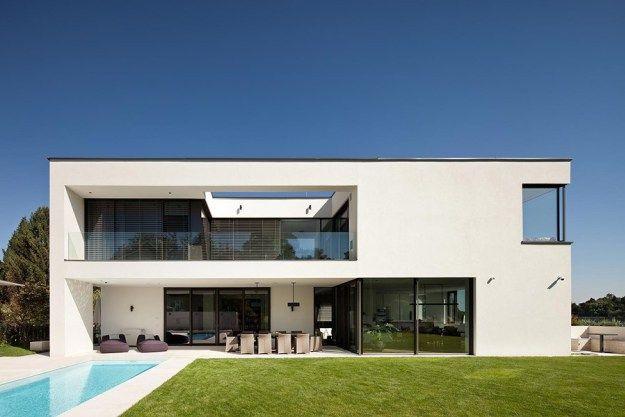 Villa Casa (OÖ) By HOMETEC 01 · Minimalistische  HausHausarchitekturMinimalistische ArchitekturZeitgenössische ArchitekturModerne  HäuserTraumhäuserZukunft ...