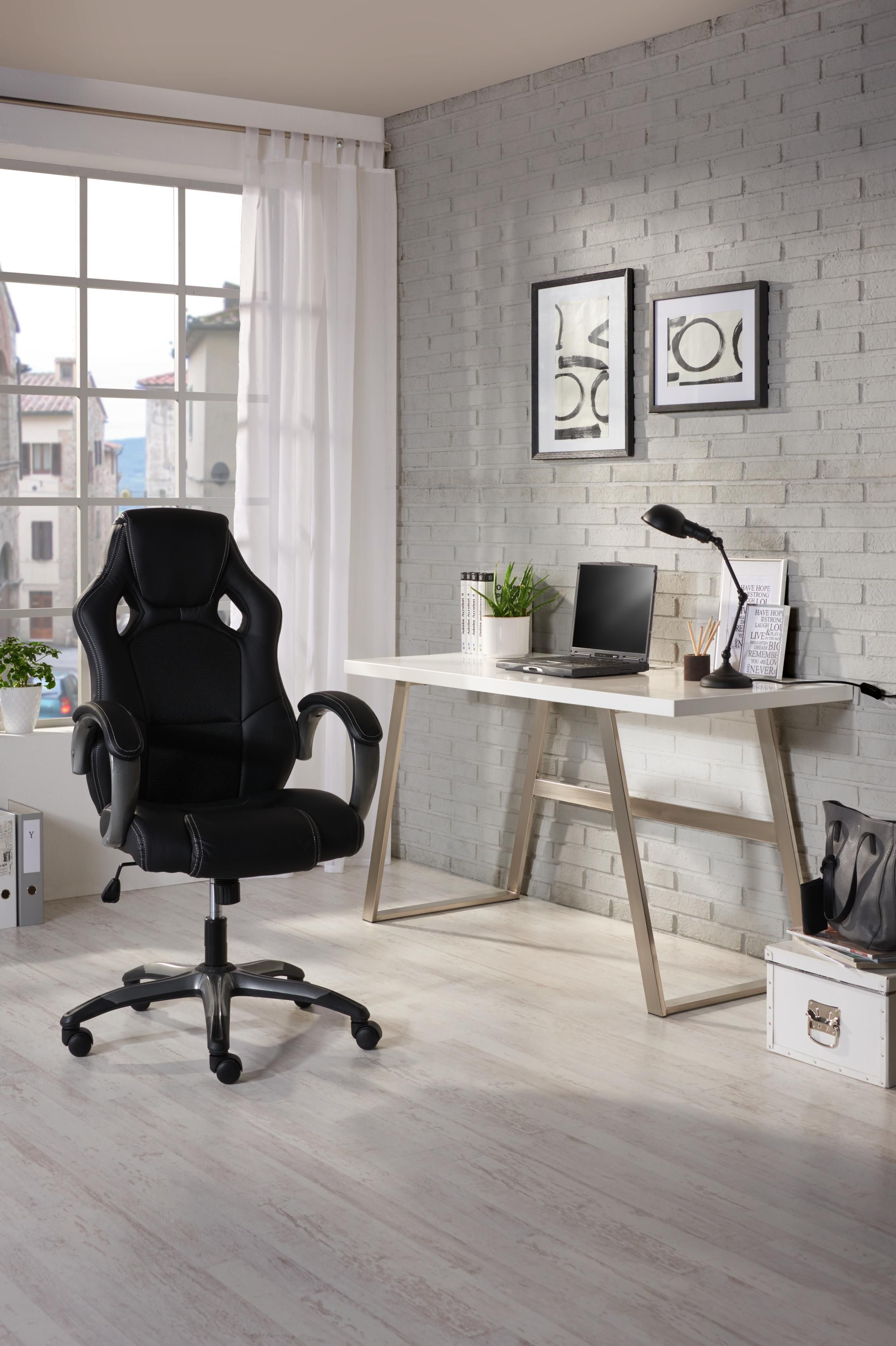 Puristisches Design Schreibtisch mit Gestell aus gebürstetem Stahl