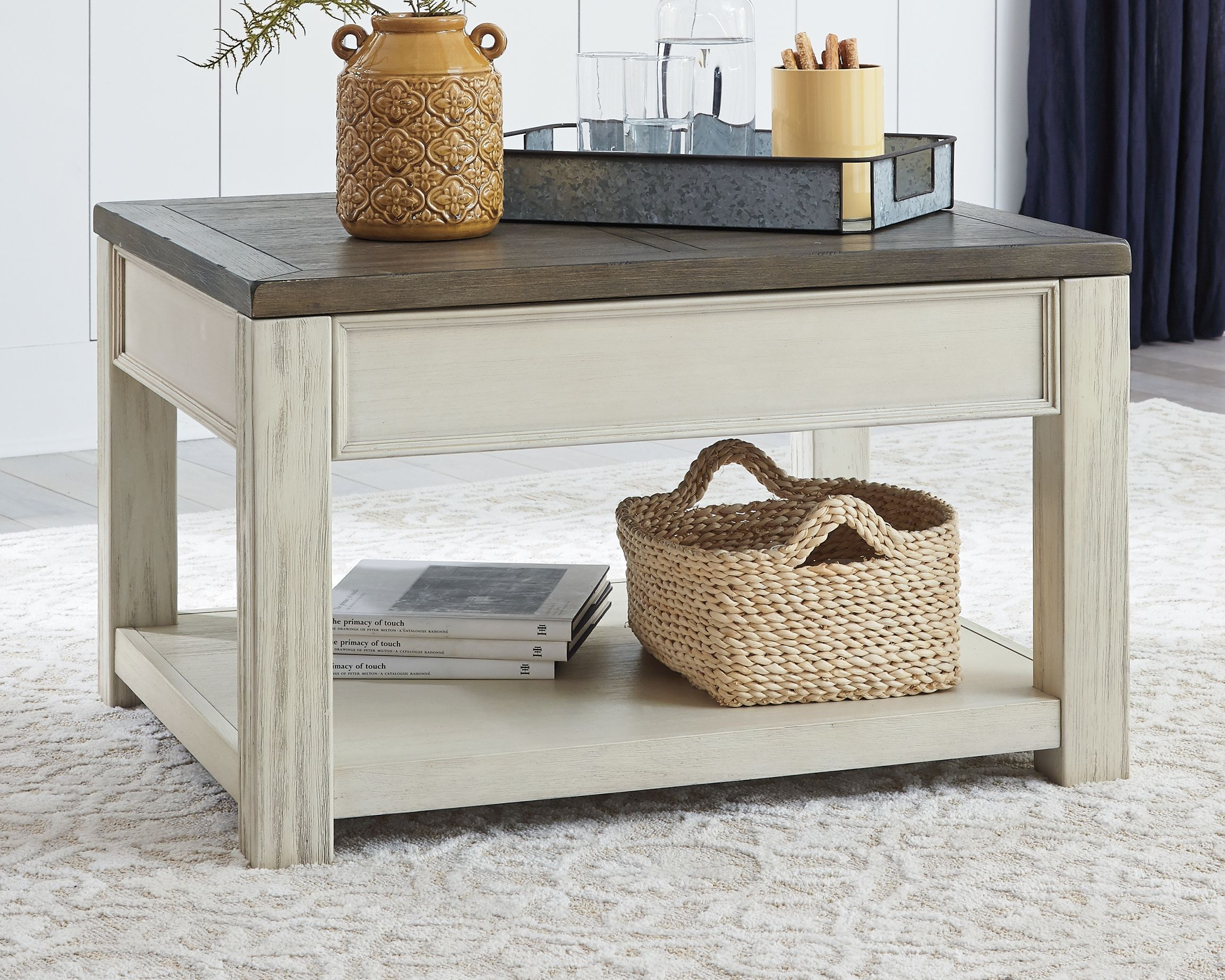 Bolanburg Coffee Table with Lift Top, Brown/White in 2020