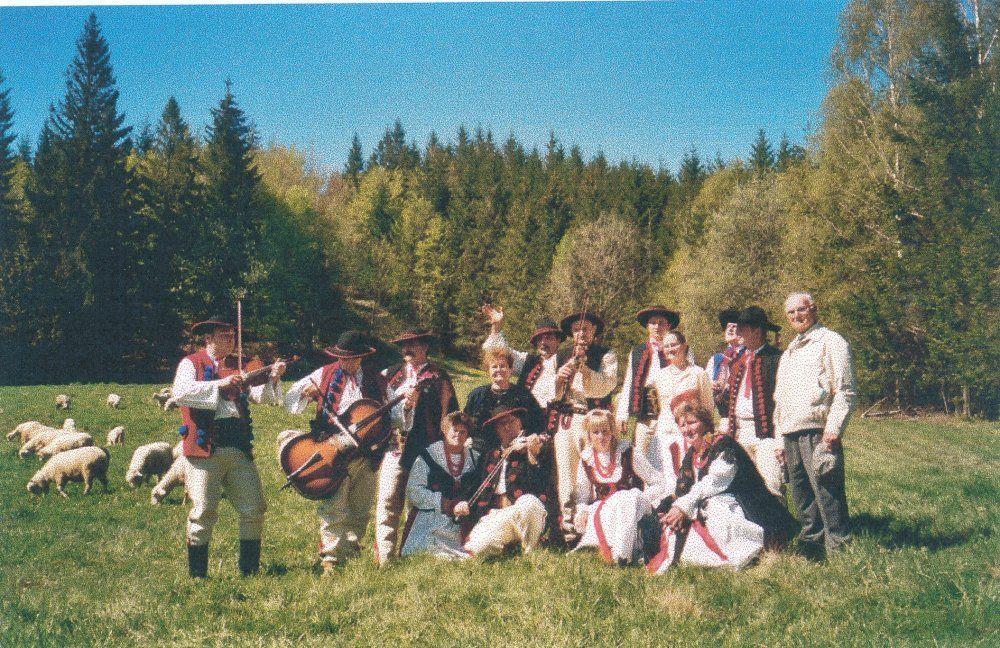 """Zespół Regionalny """"Romanka"""" z Sopotni Małej Zespół Regionalny """"Romanka"""" z Sopotni Małej, laureat Nagrody im. Kolberga, 2006"""