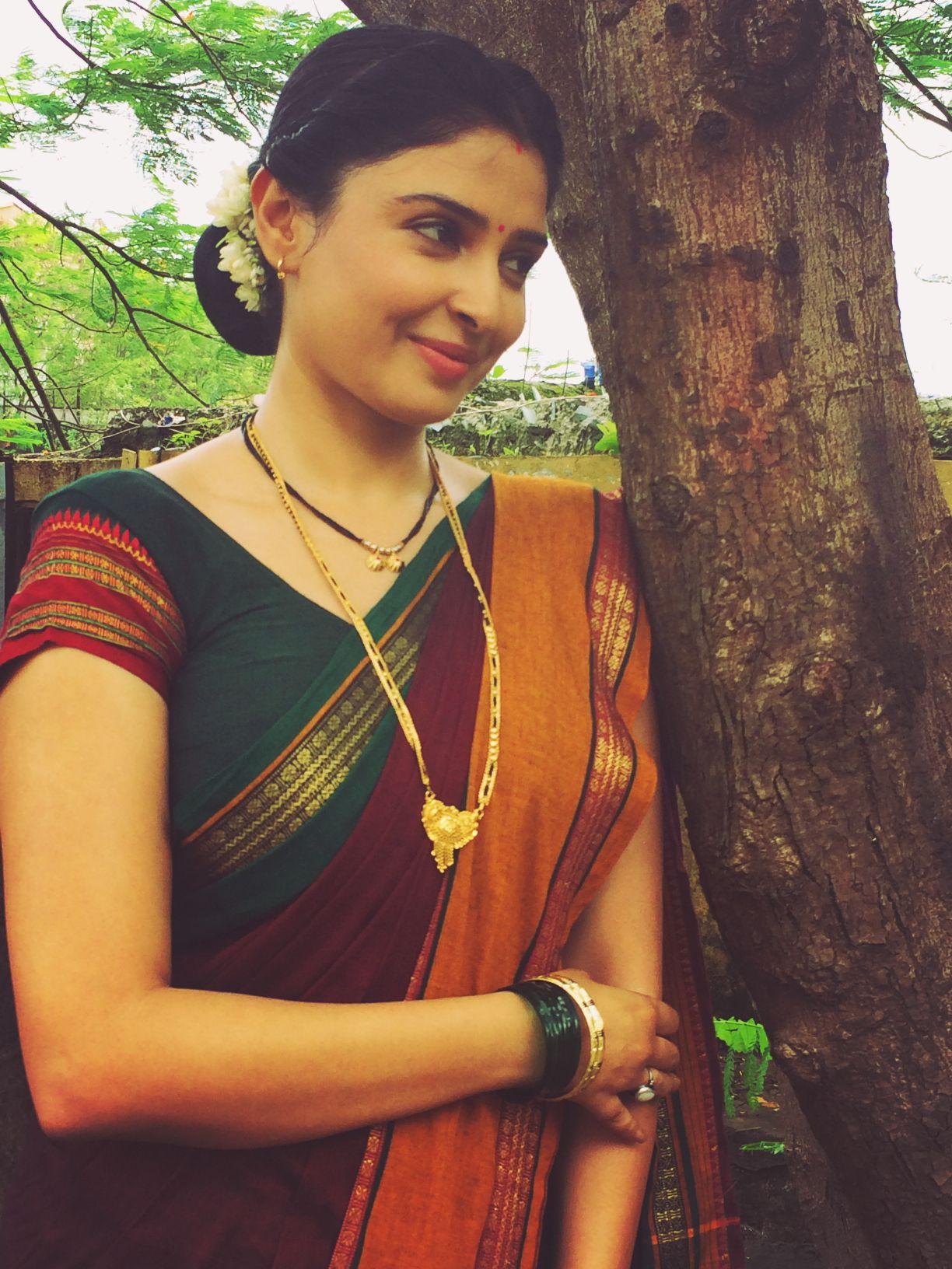 Pin by Shweta Munshi on Shweta Munshi in 2019 | Cute woman