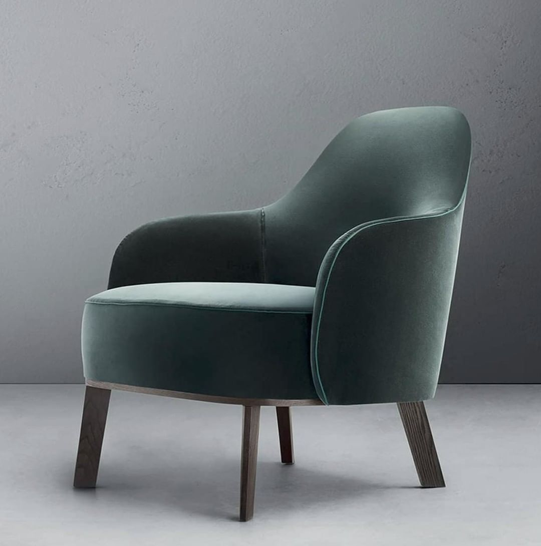 Mostra Di Arredo Design Alla Fiera Di Roma 27 Ottobre 4 Novembre 2018 Per Info Ed Esposizi Living Room Sofa Design Armchair Furniture Single Sofa Chair