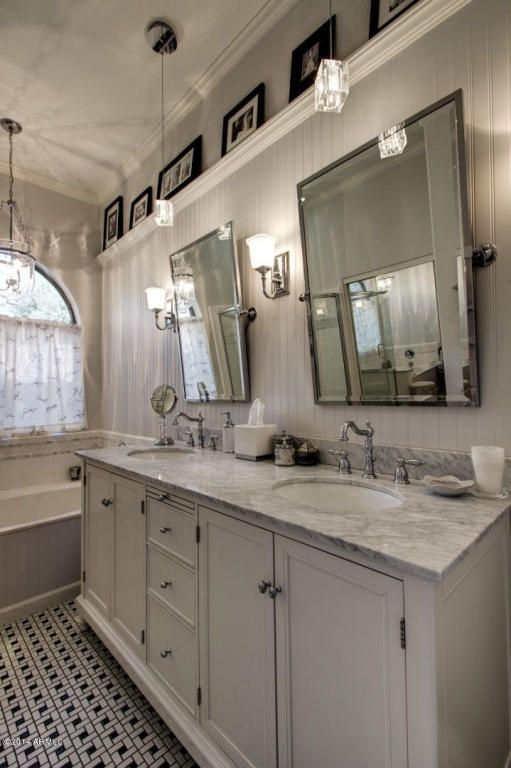 Cottage Master Bathroom With Carnegie Hill Single Bath Light   Brushed  Nickel, Prague Rectangular Tilting Mirror, Carpet