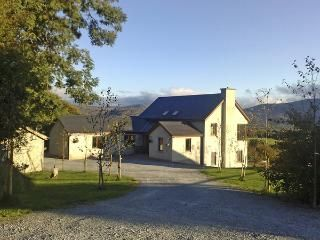 MANGERTON VIEW family friendly country holiday cottage with a
