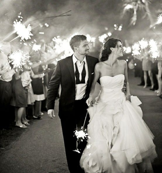 20 Ways to WOW your Guests, Sparkler Exit.  I will have!<3!!!