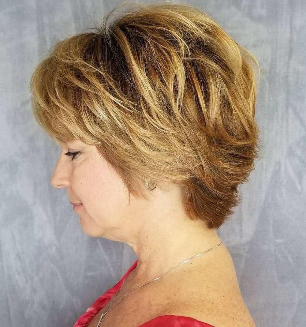 50 Best Kapsels Voor Vrouwen Boven De 50 Voor 2020 In 2020 Classy Hairstyles Womens Hairstyles Thick Hair Styles