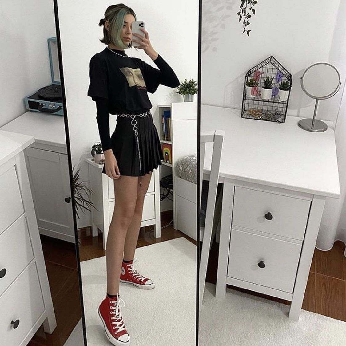 Breeze Tennis Skirt From Shop Tmp Style Grunge Outfit Of The Day Mirror Selfie Ootd Pleate In 2020 Black Pleated Skirt Outfit Black Skirt Outfits Tennis Skirt Outfit