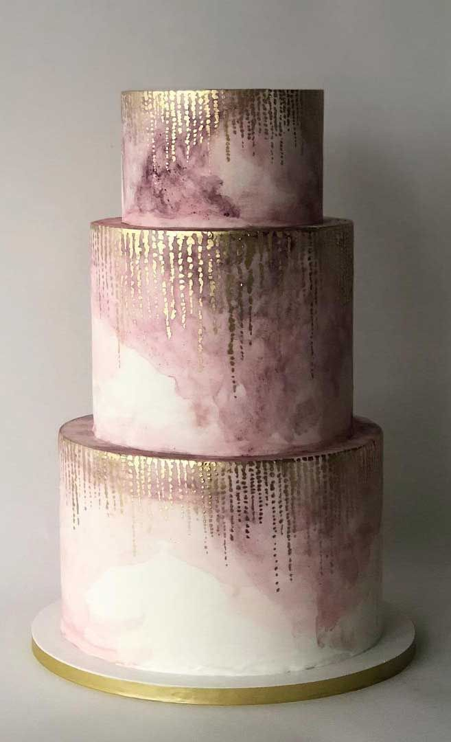 50 Most Beautiful Wedding Cakes – Ombre mauve wedding cake Need some inspiration for your cake design? Which style of cake should you choose? What should it taste like? The wedding cake style will relate...Need some inspiration for your cake design? Which style of cake should you choose? What should it taste like? The wedding cake style will relate...
