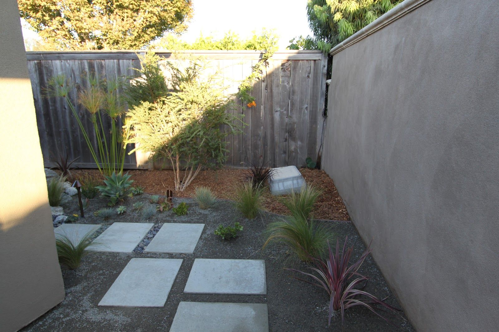 mid century modern landscaping ideas design ideas decors - Mid Century Modern Landscape Design Ideas