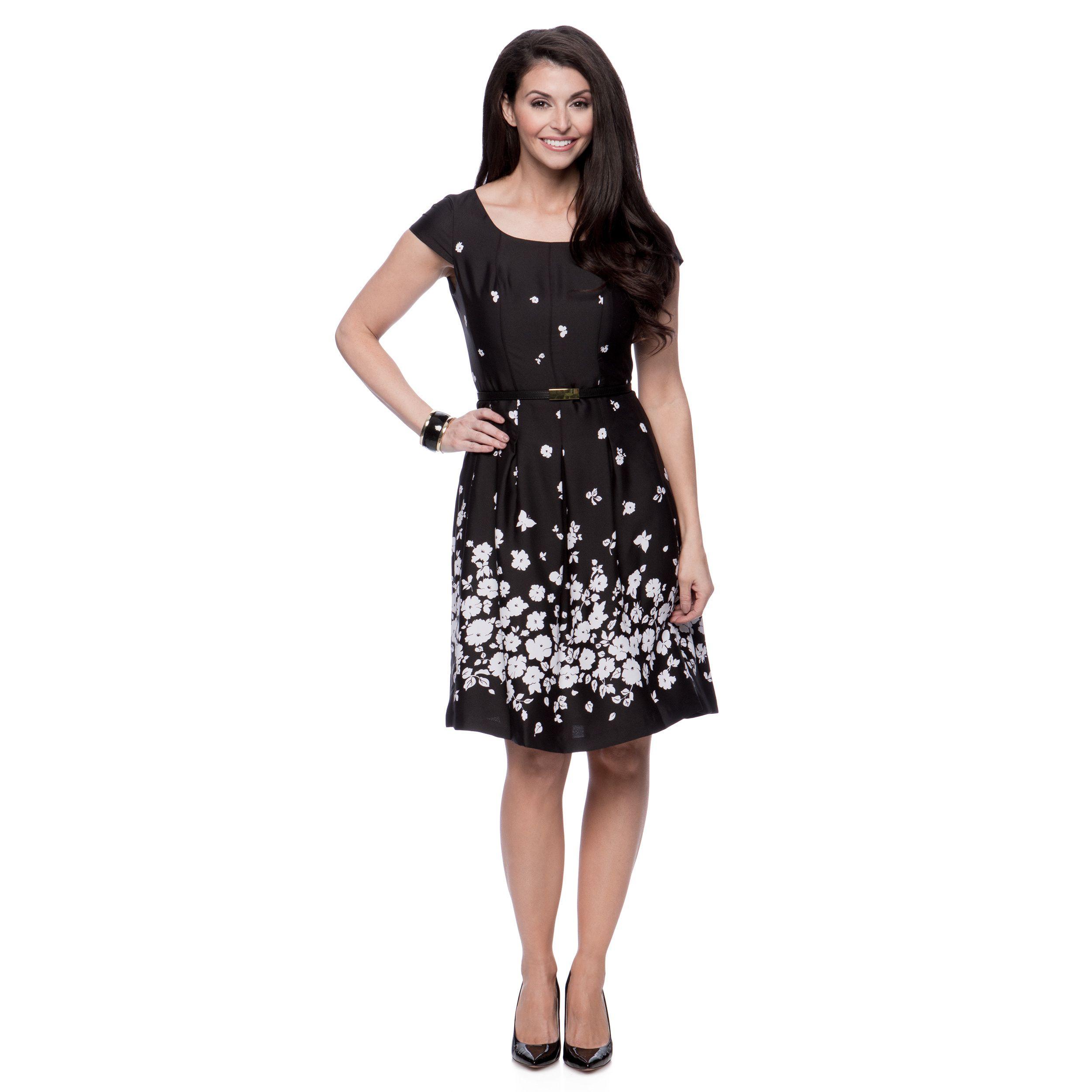 Look Cute Yet Comfortable In This Floral Designed Cap Sleeve Black