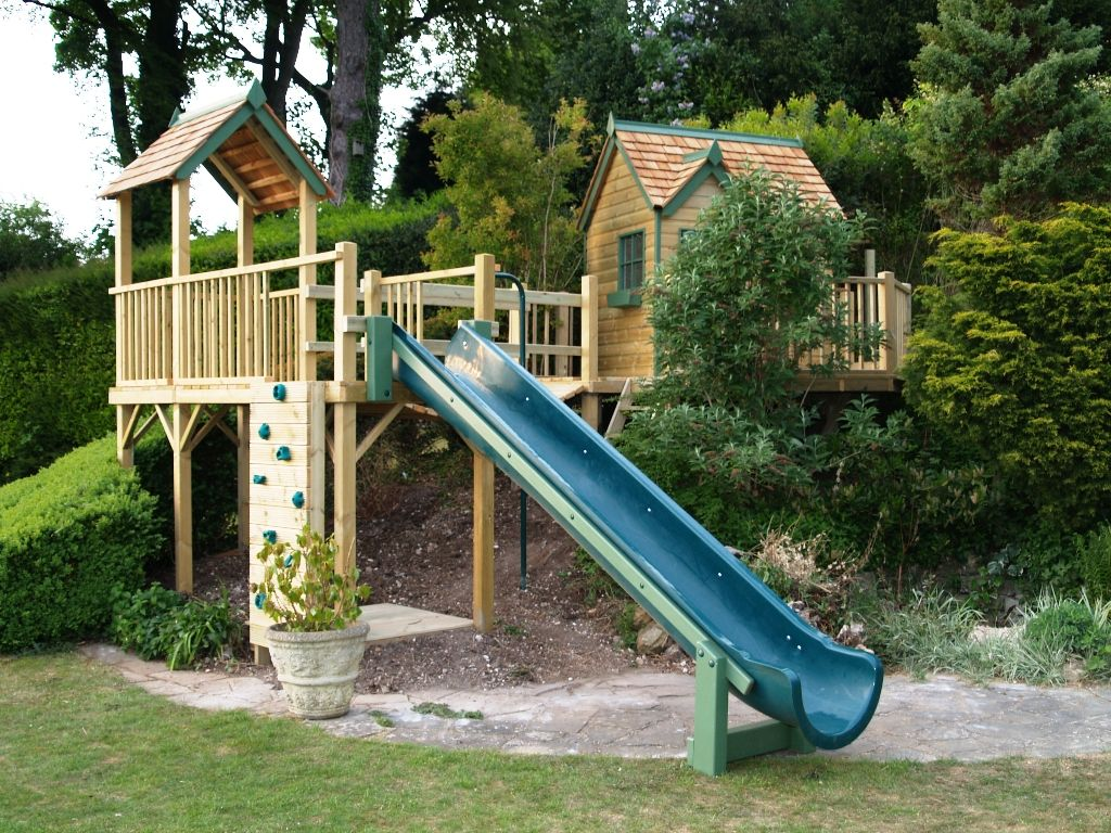 Great Use Of A Slope Half Treehouse Half Play Ground Tree Houses