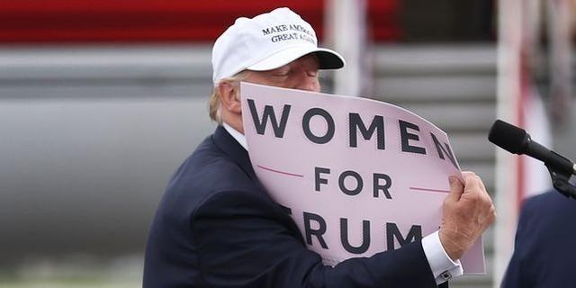 Deux femmes accusent Trump d'attouchements sexuels dans le  New York Times  - Le Monde