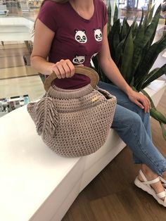 Crochet tote bag for women with wooden handles, reusable shopping bag, boho beach bag