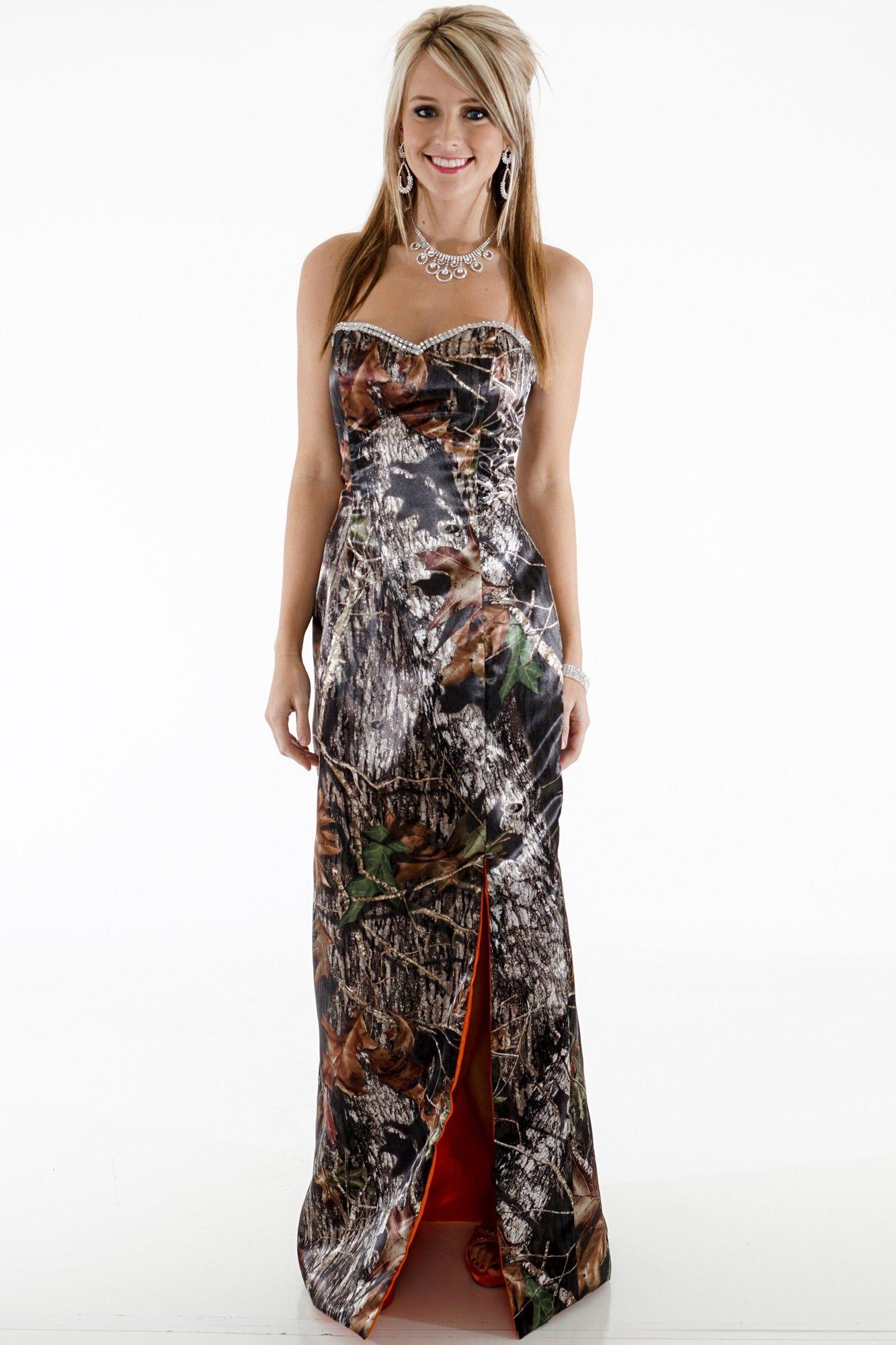 Camo and orange wedding dresses   Shown in Mossy Oak and Hunterus Orange  wedding  Pinterest