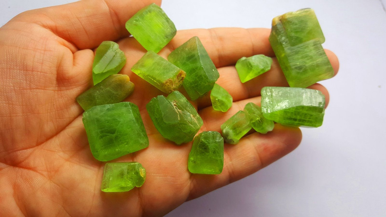 500 Carat Peridot Crystals From Pakistan | Etsy | Peridot