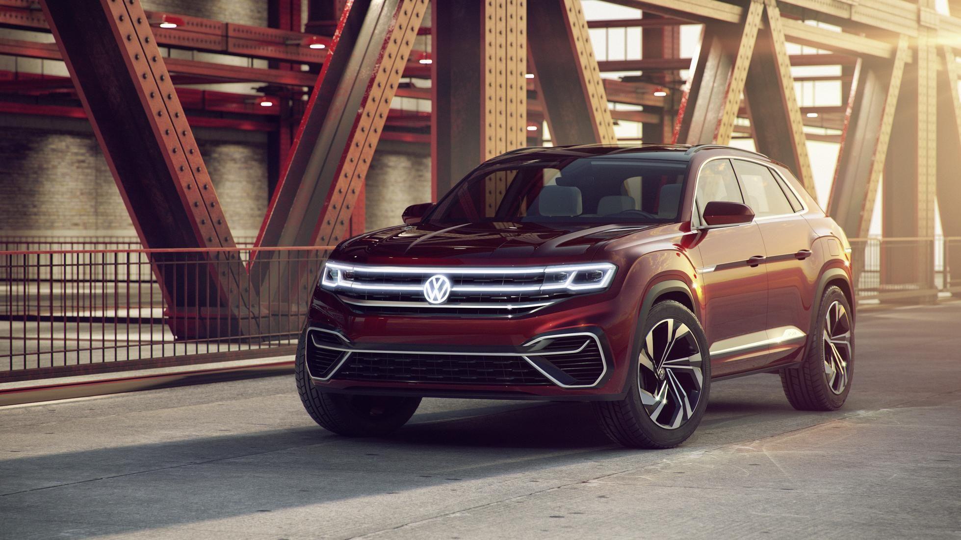 VW Atlas Cross Sport and Tanoak pickup hit New York