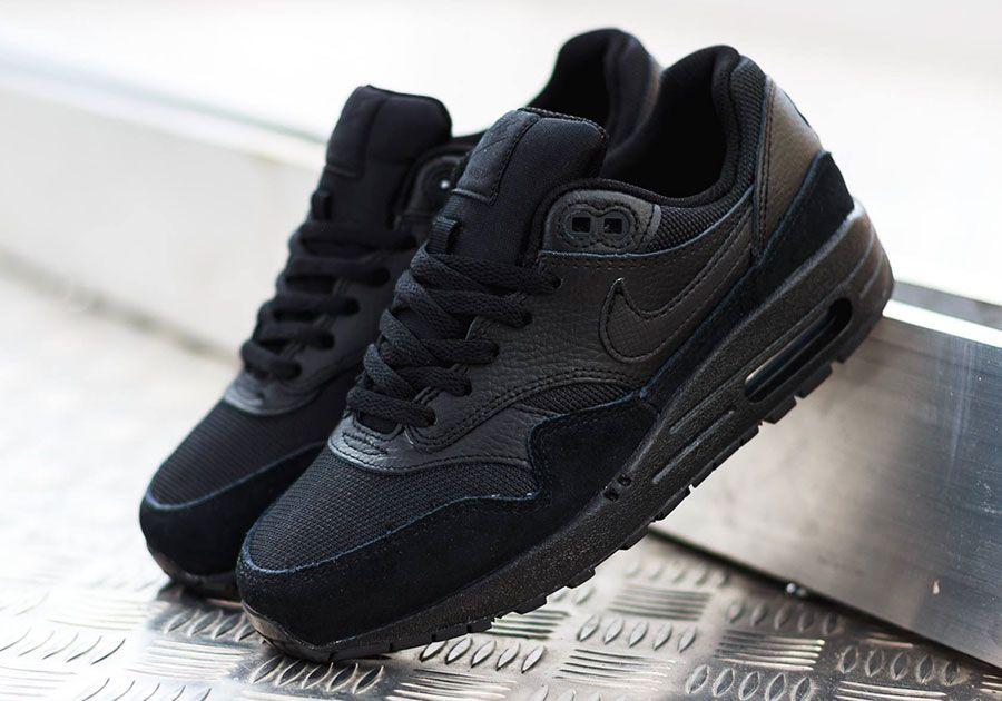 ThingTank - Nike Air Max 1 GS - Triple Black | Nike air max, Black ...