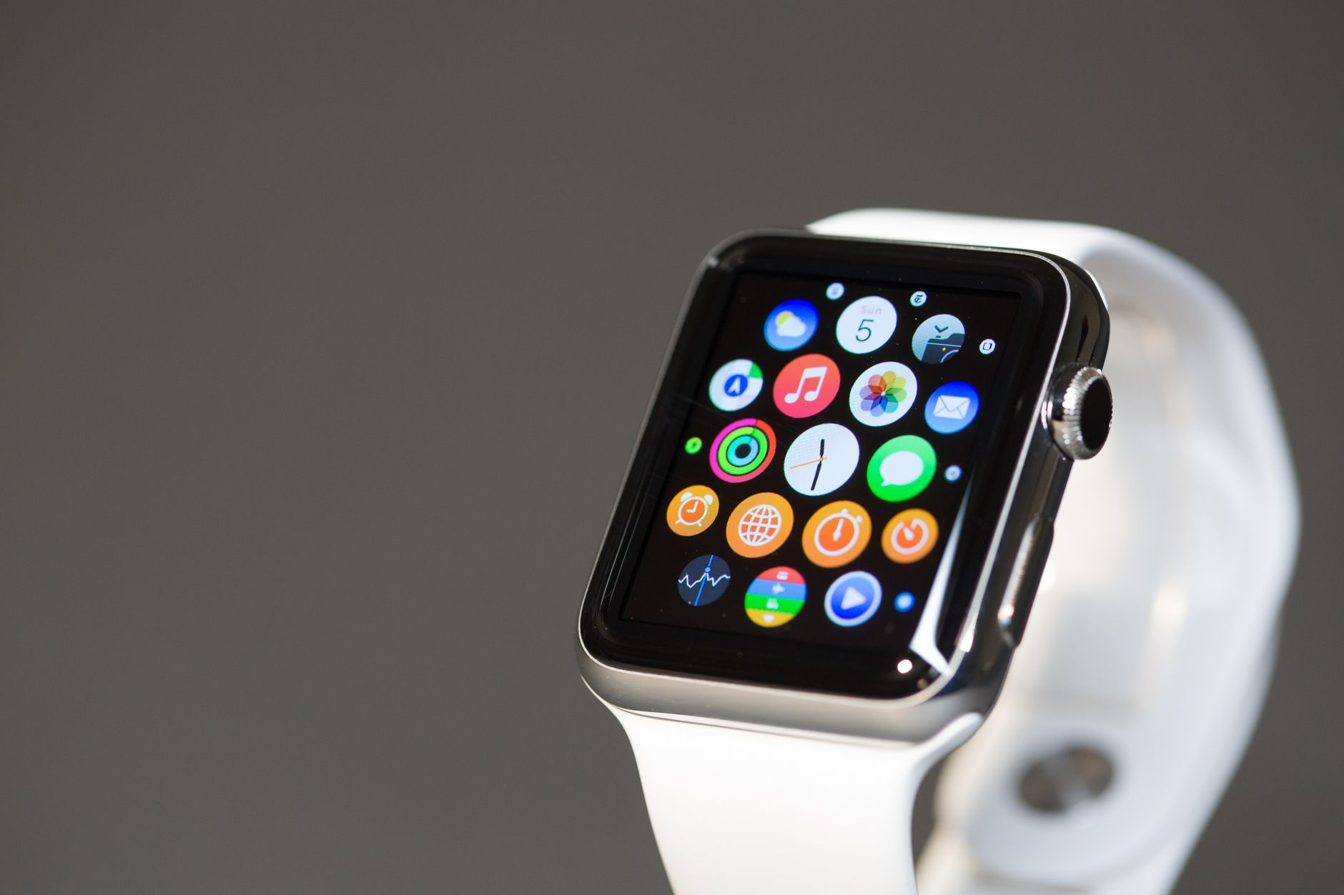 Latest Apple watch compare and buy only on hotsprice