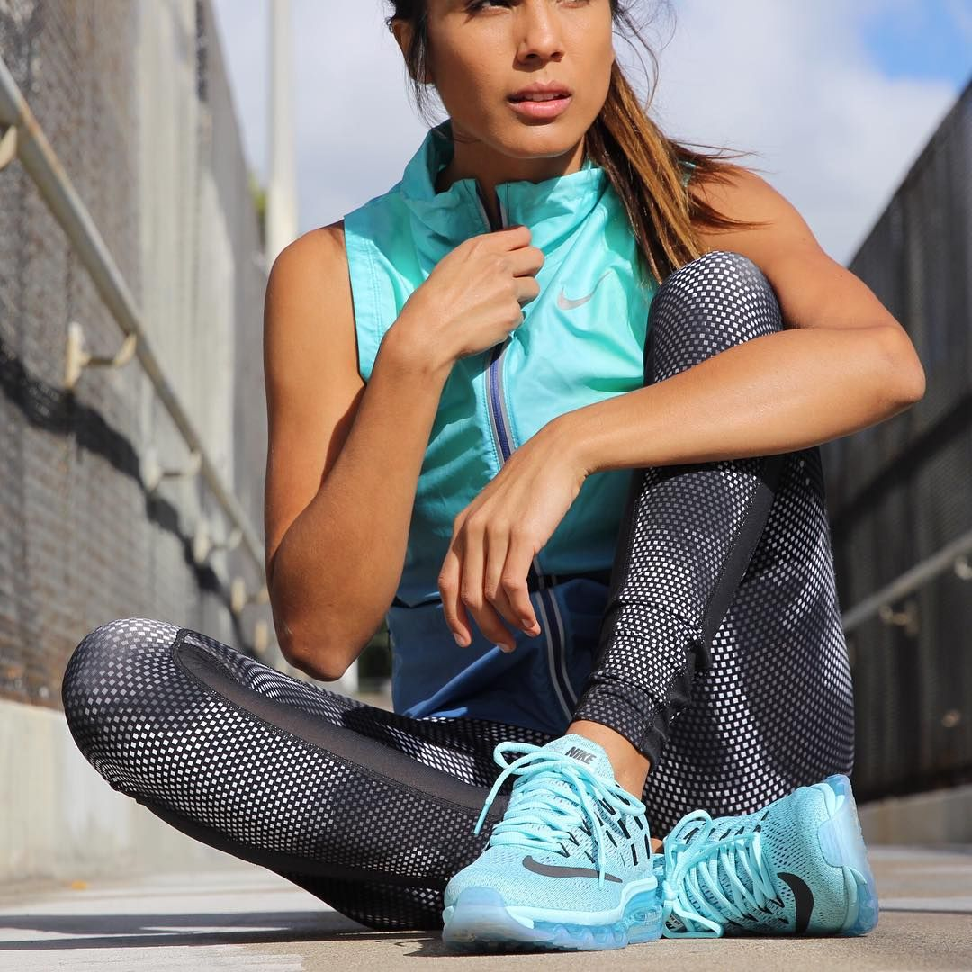 Blue flame yoga capri leggings #empoweredfitnessapparel #